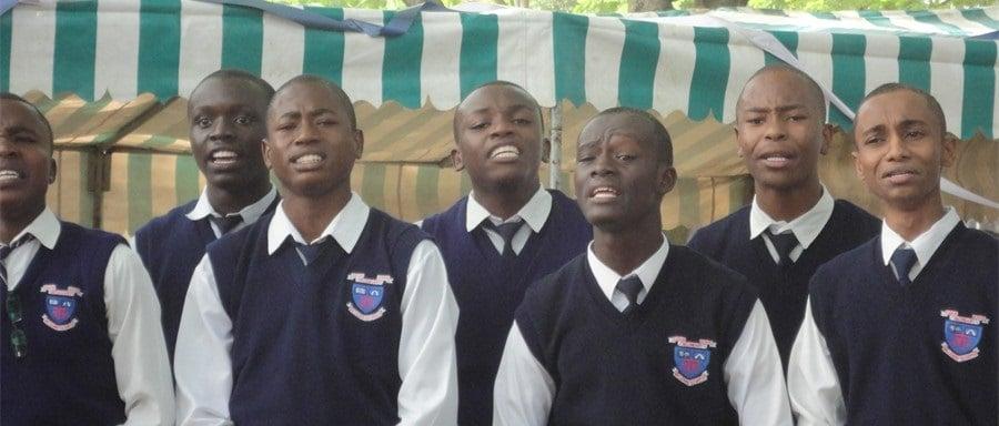 Tudor Day Secondary School Photo