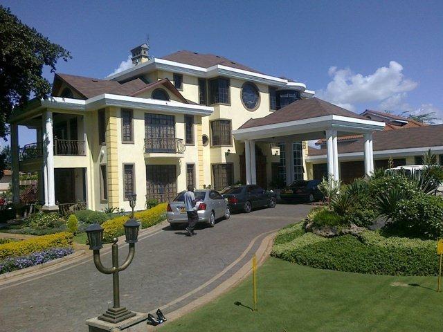Kathy Kiuna House - Kathy Kiuna Home