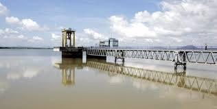 Kamburu Dam
